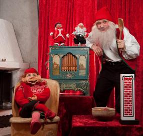 Julenisse som truer med sin store skje…